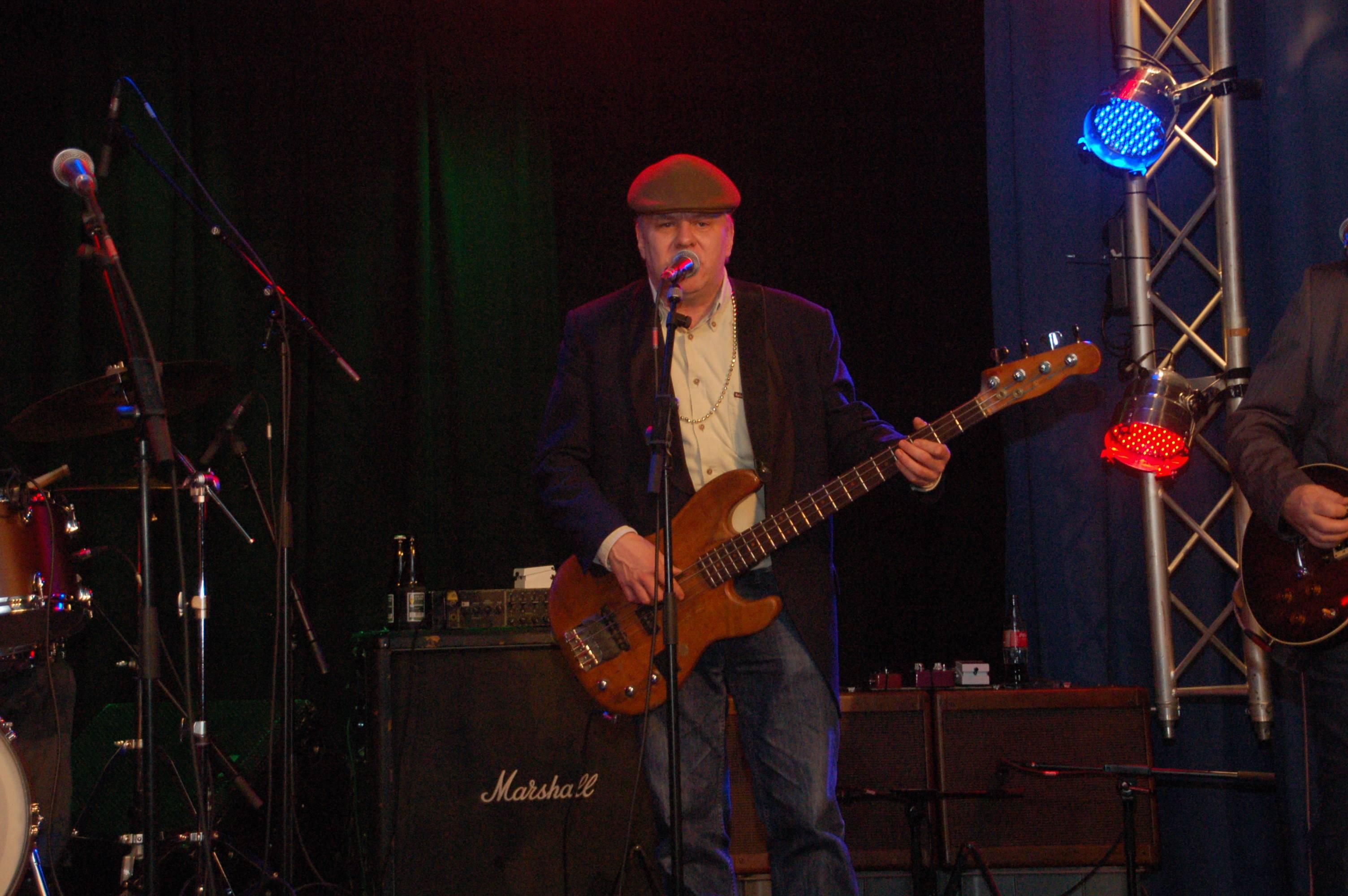 Mr. Bass - Mr.-Bass